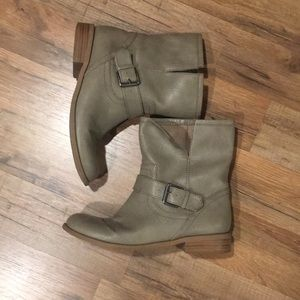 Old Navy Grey Ankle Moto Boots, Size 8